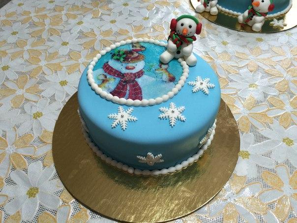 торт с новогодней картинкой