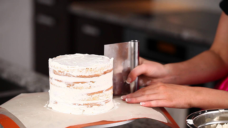 выравнивание торта